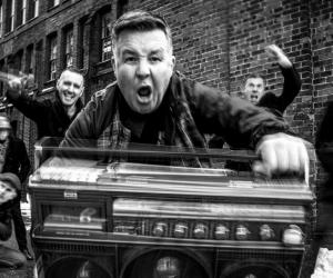 Watch The Dropkick Murphys St. Patrick's Day Live Stream